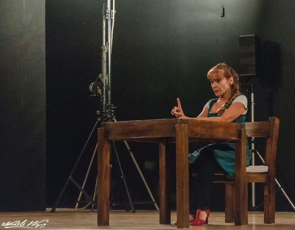 Solofra, parte L U S T R I TEATRO con Fanny&Alexander