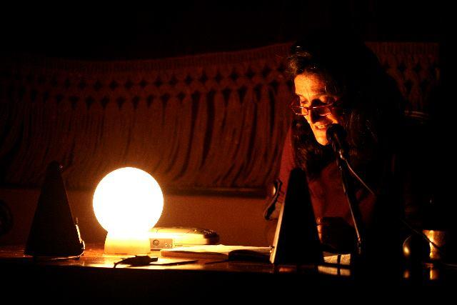 Solofra, Lustri Teatro: Sabato la voce molecolare di Chiara Guidi